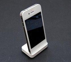 Начались продажи белого iPhone 4?