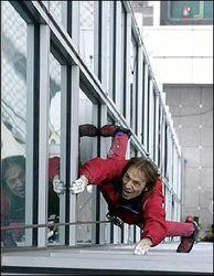 Как человек-паук парализовал московское движение?
