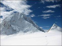 Спасатели теряют надежду спасти белорусских альпинистов?
