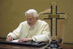 О чем говорил с космосом Папа Римский?
