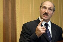 Лукашенко бьет по спортсменам рублем?