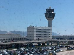 Каким образом преступник ограбил аэропорт Афин на €1,5 млн.?