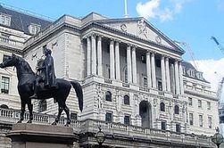 Банк Англии профинансирует страну на 75 млрд. фунтов