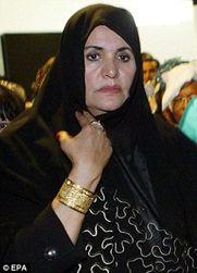Почему Алжир решил выслать родню Каддафи?