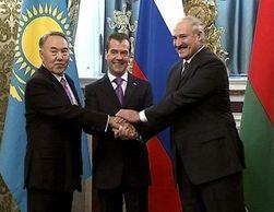 Инвесторам: Лукашенко назвал российский рубль единственной валютой ЕЭС
