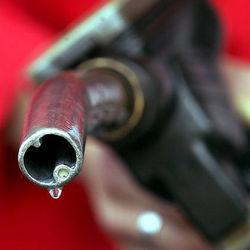 В Украине обязали разбавлять бензин спиртом