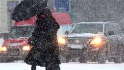 Неработающие светофоры и гололед привели к столкновению 3-х машин в Москве
