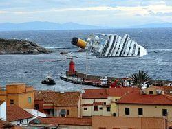 «Коста Конкордия» утилизируют, а вещи с корабля распродадут