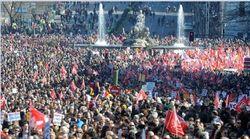 Митинги в Европе: люди против новых реформ