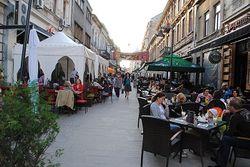 В Бухаресте ревнивый муж расстрелял 10 человек: двое погибли
