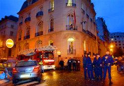 Выбрасывая пакет в Париже, дипломаты детонировали бомбу