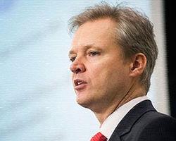 Глава Минобороны Швеции устал и подал в отставку?