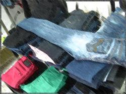 В Испании начали продавать модную одежду килограммами на развес