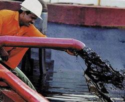 Нефть дорожает из-за нехватки топлива в США
