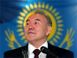 Назарбаев снова баллотируется в президенты