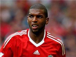 В Англии футболистов начинают штрафовать за «длинный» язык