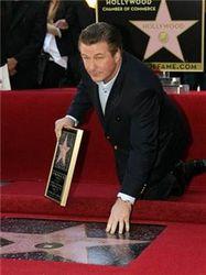 Алек Болдуин дождался своей звезды на аллее Славы