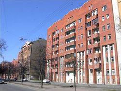 Шаг в пустоту: В Петербурге, упав с высоты, погибла женщина