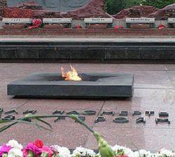В Украине чтят День скорби и чествования памяти жертв войны