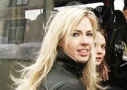 Активистке Femen не дали проявить себя в Тунисе и выслали в Киев
