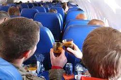 ВКонтакте об инициативе Думы запретить проносить алкоголь на самолеты