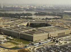 Американский сенатор обеспокоен военной политикой России