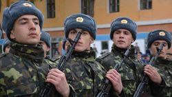 В 2013 году планируется последний призыв в армию Украины