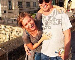 Беременная Кристина Асмус объявила о свадьбе с Гариком Харламовым