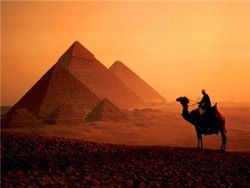 Россияне массово отказываются от поездок в Египет?