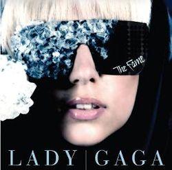 Lady Gaga выпустит духи с запахом … крови