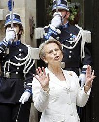 Министра Франции обвиняют в связи с экс-главой Туниса