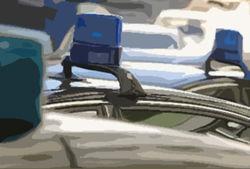 Автомобиль МВД зеркалом сбил на встречной полосе пешехода