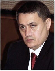 НГ: Рустам Азимов – сменщик Ислама Каримова на посту главы Узбекистана?