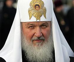 Кирилл попросил не выгонять из храмов женщин с непокрытой головой