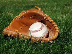 83-летняя японка стала членом бейсбольной команды