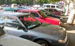 В Узбекистане за автовладельцами закрепят постоянные места на стоянках