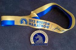Кому война, а кому мать родная: на eBay продают медали Бостонского марафона