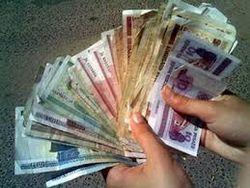 Кризис вынуждает Белоруссию строить кредитную пирамиду