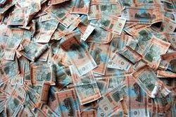Курсы евро и российского рубля упали, доллара не изменился