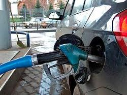 По данным Росстата стоимость бензина продолжает подниматься