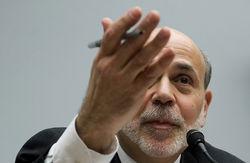Глава ФРС США Бен Бернанке получает меньше своих коллег в Европе и Азии