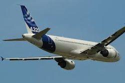 Во время полета у Airbus A320 отказал механизм раскрытия шасси - последствия
