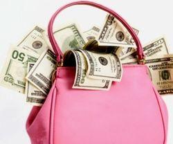 Социологи: молодых мам карьера и деньги интересуют больше... детей