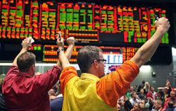 Биржи США проводят торги в хорошем духе благодаря статистике