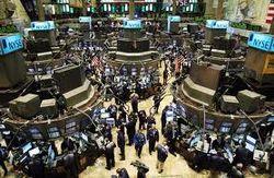 Опасаясь последствий бюджетного обрыва американские биржи потеряли 0,9-1,2 процента