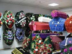 Бизнес на смерти: в Крыму покойников выкидают на клумбу не доставив в СМЭ
