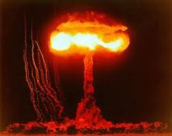 ТОП в YouTube – Северная Корея бомбит Америку ядерными зарядами