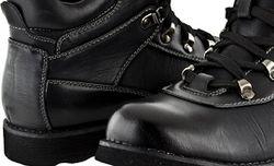 В Сумах гопники отобрали у судьи кулек и ботинки за 396 гривен