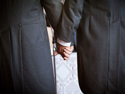 Англиканская церковь: однополые браки теперь освятят епископы-геи