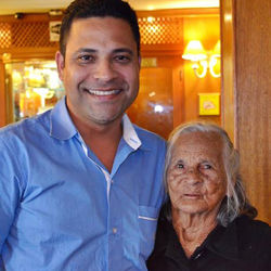 Аида Мендис с правнуком Джосивальдо